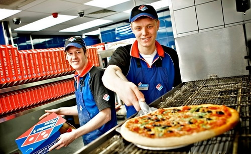 domins pizza trabajadores